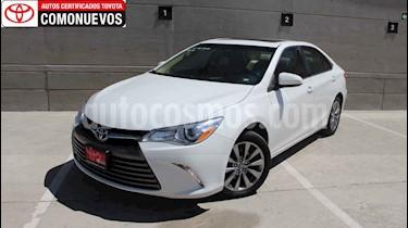 Toyota Camry XLE 2.5L Navi usado (2017) color Blanco precio $305,000