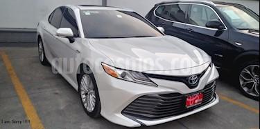 Toyota Camry XLE 2.5L Navi Hibrido usado (2019) color Blanco precio $536,000