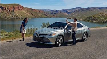 Toyota Camry XLE 2.5L Navi Hibrido nuevo color Grafito precio $594,600
