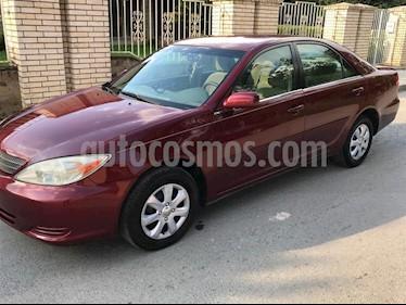Toyota Camry LE 2.4L usado (2002) color Rojo Vivo precio $77,000