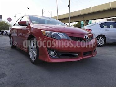 Toyota Camry SE 3.5L V6 usado (2014) color Rojo precio $189,000