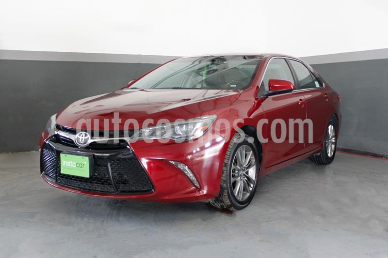 Toyota Camry XSE 3.5L V6 usado (2017) color Rojo precio $295,000