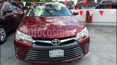 Foto Toyota Camry XLE 2.4L usado (2017) color Rojo precio $280,000
