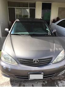Foto venta Auto usado Toyota Camry XLE 2.4L (2004) color Gris precio $49,000