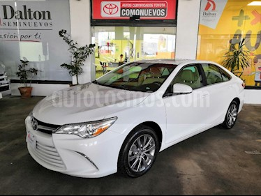 Foto venta Auto Seminuevo Toyota Camry XLE 2.5L NavegaciA_n (2017) color Blanco precio $349,000
