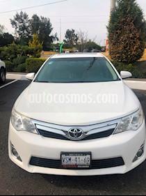 Toyota Camry XLE 2.5L Navegacion usado (2014) color Blanco precio $220,000