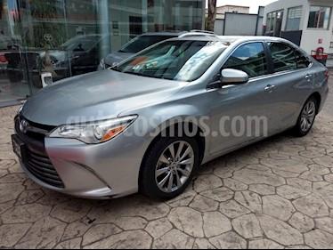 Foto venta Auto Seminuevo Toyota Camry XLE 2.5L Navegacion (2015) color Plata precio $235,000