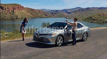 Toyota Camry XLE 2.5L Navi nuevo color Plata Metalico precio $522,200