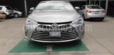 Foto venta Auto usado Toyota Camry XLE 2.5L (2017) color Plata precio $297,900