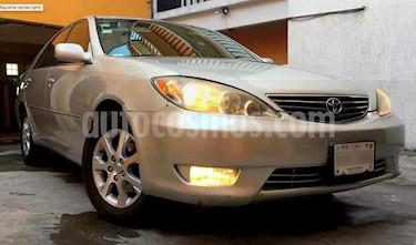 Foto venta Auto usado Toyota Camry XLE 3.0L V6 (2006) color Plata precio $87,500
