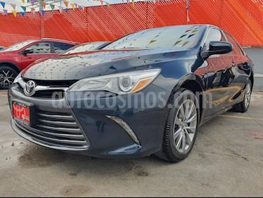 Foto venta Auto usado Toyota Camry XLE 3.0L V6 (2015) color Gris precio $250,000