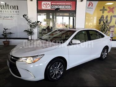 Foto venta Auto Seminuevo Toyota Camry XLE 3.5L V6 (2015) color Blanco precio $285,000