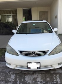 Foto venta Auto usado Toyota Camry XLE V6 (2006) color Blanco precio $75,000