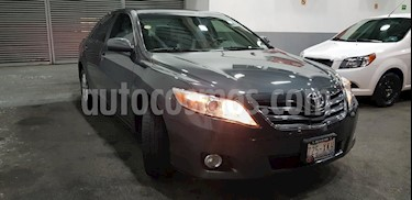 Foto venta Auto Seminuevo Toyota Camry XLE V6 (2011) color Gris precio $169,900