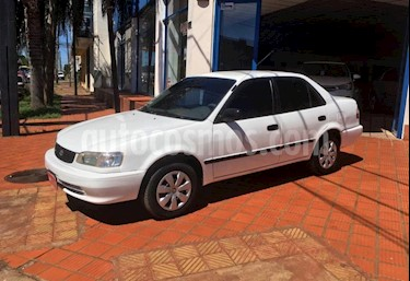 Toyota Corolla - usado (2000) color Blanco precio $225.000