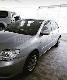 Foto venta carro usado Toyota Corolla 1.8 AT (2004) color Gris precio u$s4.300