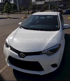 Toyota Corolla 1.8 GLi Aut  usado (2015) color Blanco precio $8.300.000