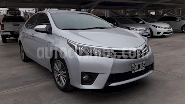 Foto venta Auto usado Toyota Corolla 1.8 SE-G CVT (2015) color Gris Claro precio $815.000