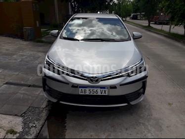 Foto venta Auto usado Toyota Corolla 1.8 SE-G CVT (2017) color Gris Plata  precio $950.000