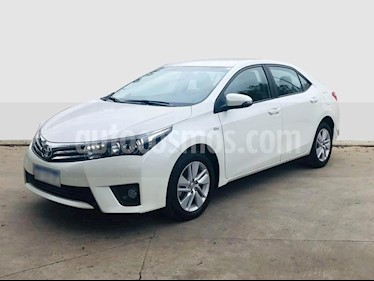 Foto Toyota Corolla 1.8 XEi CVT usado (2017) color Blanco precio $950.000