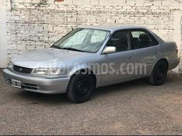 Foto venta Auto usado Toyota Corolla 1.8 XEi CVT (2001) color Gris Claro precio $140.000