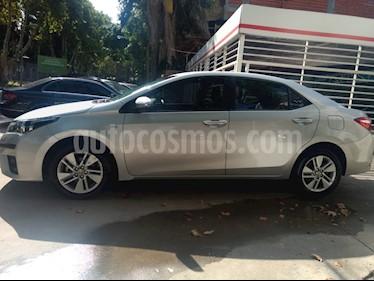 Foto venta Auto usado Toyota Corolla 1.8 XEi CVT (2015) color Gris Plata  precio $495.000