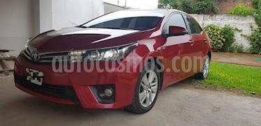 Foto venta Auto usado Toyota Corolla 1.8 XEi CVT (2015) color Rojo