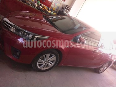 foto Toyota Corolla 1.8 XEi Pack CVT usado (2015) color Rojo precio $568.000