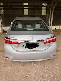 Toyota Corolla 1.8 XEi Pack CVT usado (2014) color Plata precio $496.000