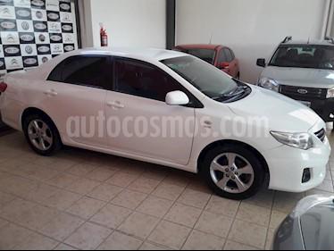 Toyota Corolla 1.8 XEi usado (2014) color Blanco precio $520.000