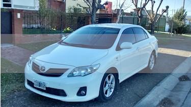 Toyota Corolla 1.8 XEi usado (2013) color Blanco precio $500.000