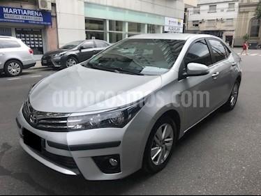 Foto venta Auto Usado Toyota Corolla 1.8 XEi (2015) color Gris Plata  precio $520.000