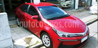 Toyota Corolla 1.8 XLi CVT usado (2017) precio $670.000