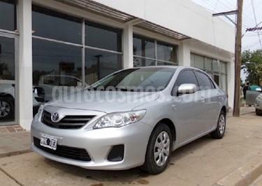 Foto venta Auto usado Toyota Corolla 1.8 XLi (2013) color Gris Claro precio $307.000