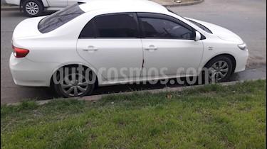 Foto venta Auto usado Toyota Corolla 1.8 XLi (2013) color Blanco precio $320.000