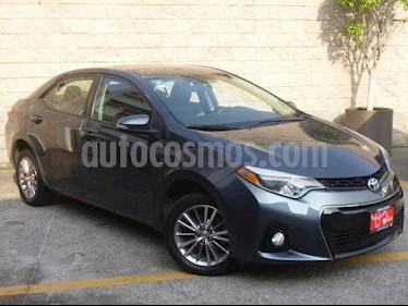 Foto Toyota Corolla 4p S L4/1.8 Aut usado (2015) color Gris precio $220,000