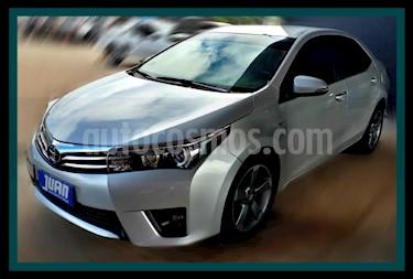 Toyota Corolla 1.8 XEi CVT usado (2014) color Gris Claro precio $763.000