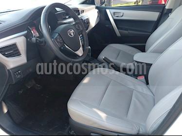Toyota Corolla 1.8 XEi  usado (2016) color Blanco precio $890.000