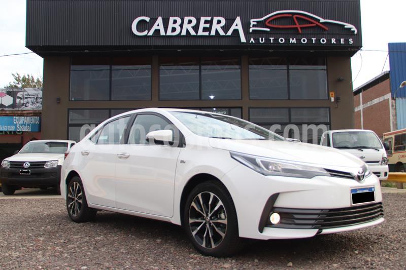 Toyota Corolla - usado (2017) color Blanco precio $2.300.000