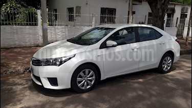 Toyota Corolla 1.8 XLi CVT usado (2015) color Blanco precio $668.000