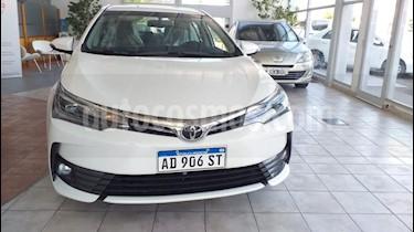 Toyota Corolla 1.8 XLi CVT usado (2019) color Blanco precio $1.515.000