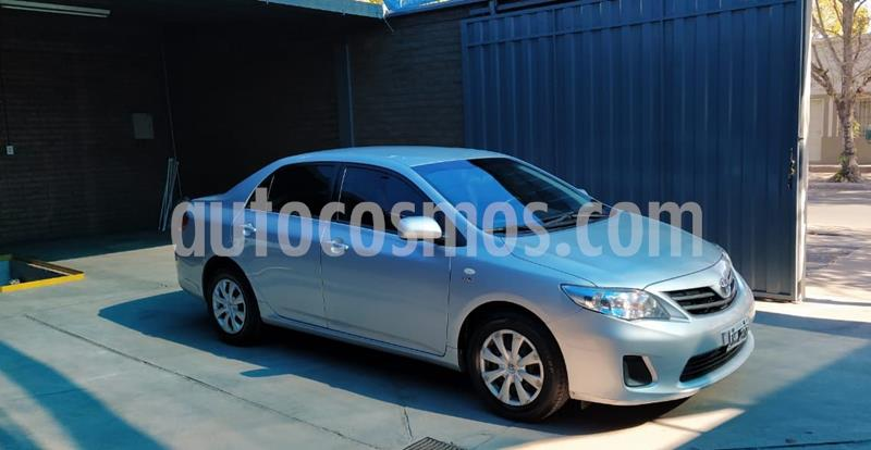 Toyota Corolla 1.8 XLi usado (2012) color Gris Plata  precio $969.000