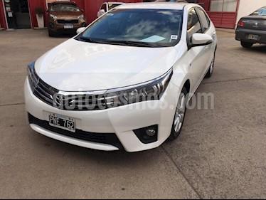 Toyota Corolla 1.8 XEi Aut usado (2016) color Blanco precio $875.000