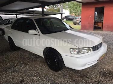 Toyota Corolla 1.8 XEi usado (2001) color Blanco precio $180.000