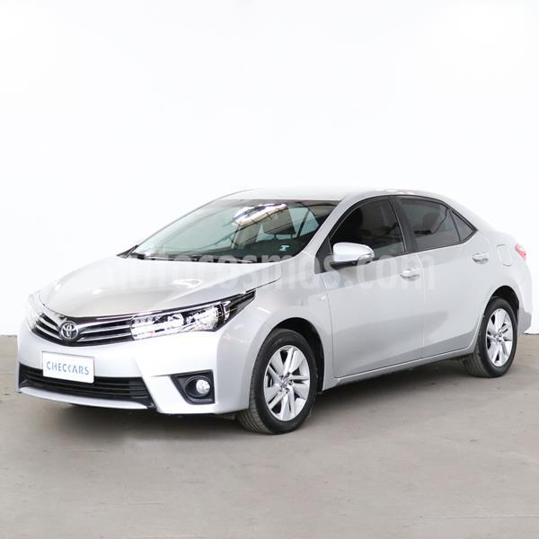 Toyota Corolla 1.8 XEi CVT usado (2017) color Gris Plata  precio $1.550.900