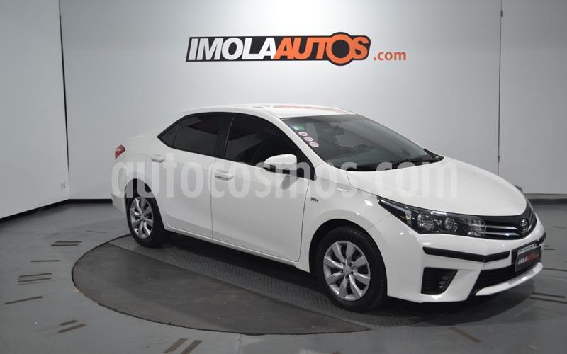 Toyota Corolla 1.8 XLi CVT usado (2014) color Blanco Perla precio $1.050.000