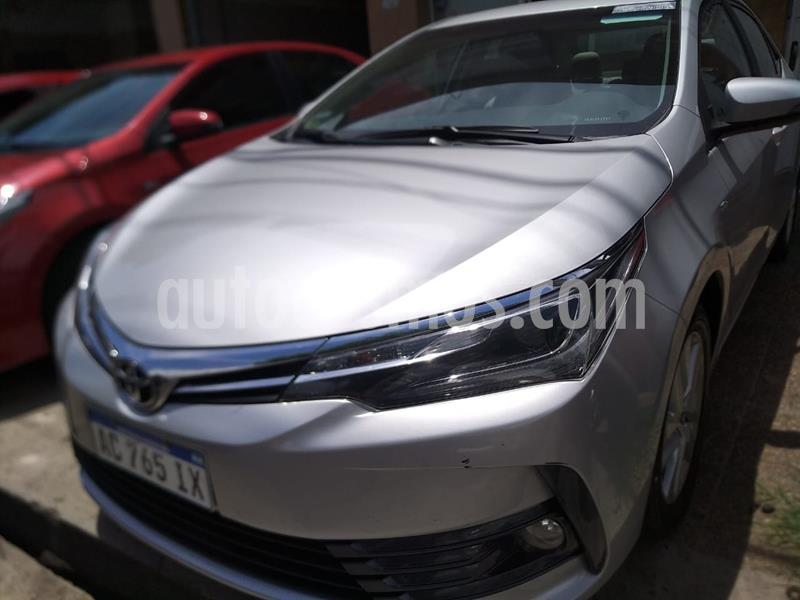 Toyota Corolla 1.8 XEi Pack CVT usado (2018) color Gris Plata  precio $1.610.000
