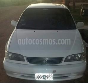 Toyota Corolla 1.8 XEi usado (2001) color Blanco precio $120.000