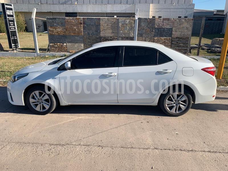 Toyota Corolla 1.8 XEi CVT usado (2015) color Blanco precio $1.250.000
