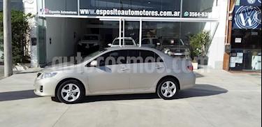 Toyota Corolla 1.8 XEi Aut usado (2014) color Beige precio $550.000